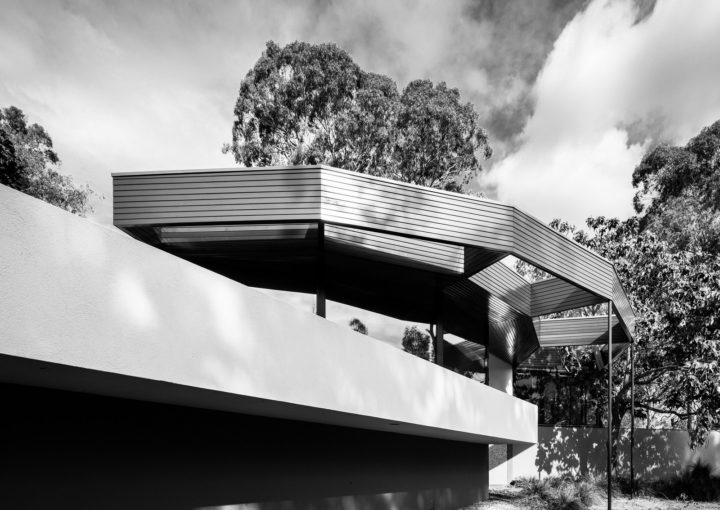 The Benjamin Residence or 'Round House' as the locals call it, designed by Alex Jelinek in 1956. Photo: Darren Bradley