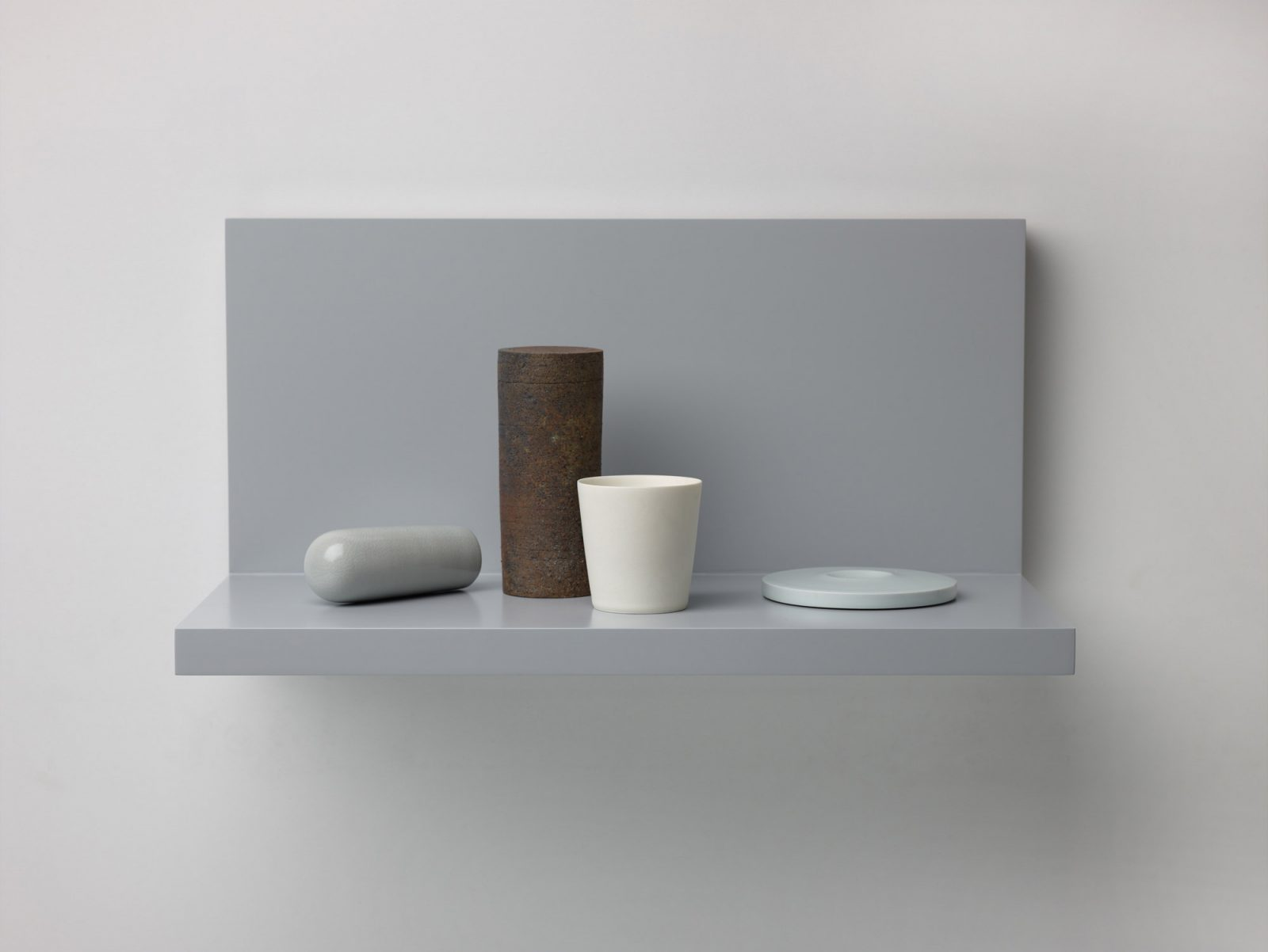 Kelly Austin, Stilled Composition 24, 2017. Ceramic, glaze, wood, acrylic paint. Photo: Peter Whyte.