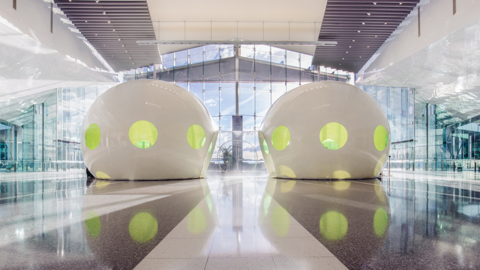 TWIN MINIGAGARIN, Plastique Fantastique, Canberra Airport. Photo: 5 Foot Photography