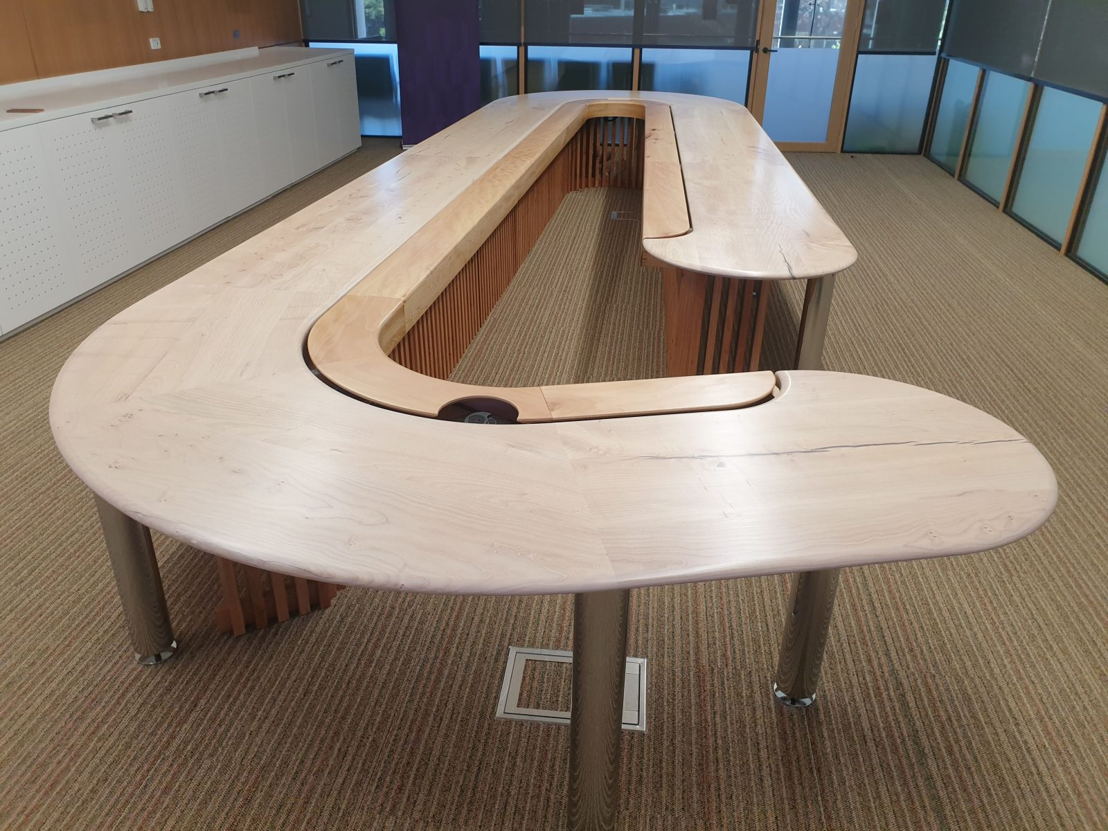 ACU Re-birth Project by Koitoya ~Using campus tree for furniture~